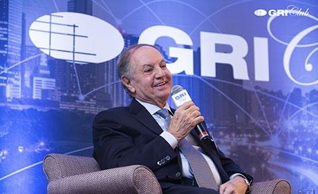 José Isaac Peres é homenageado pelo GRI