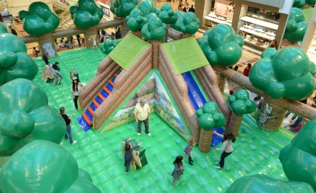 Guaranteed fun for everyone's holidays in Multiplan's malls